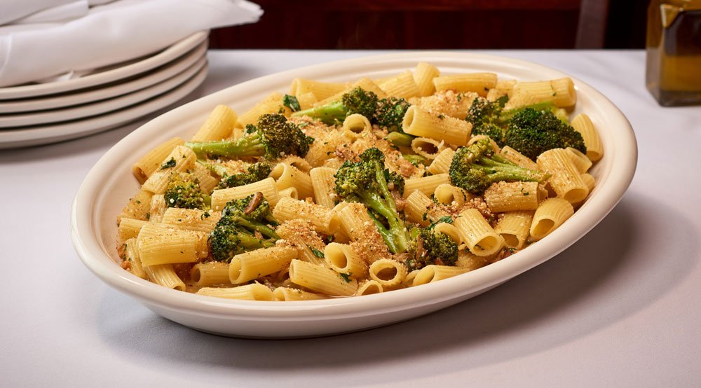 Rigatoni & Broccoli - Red or White